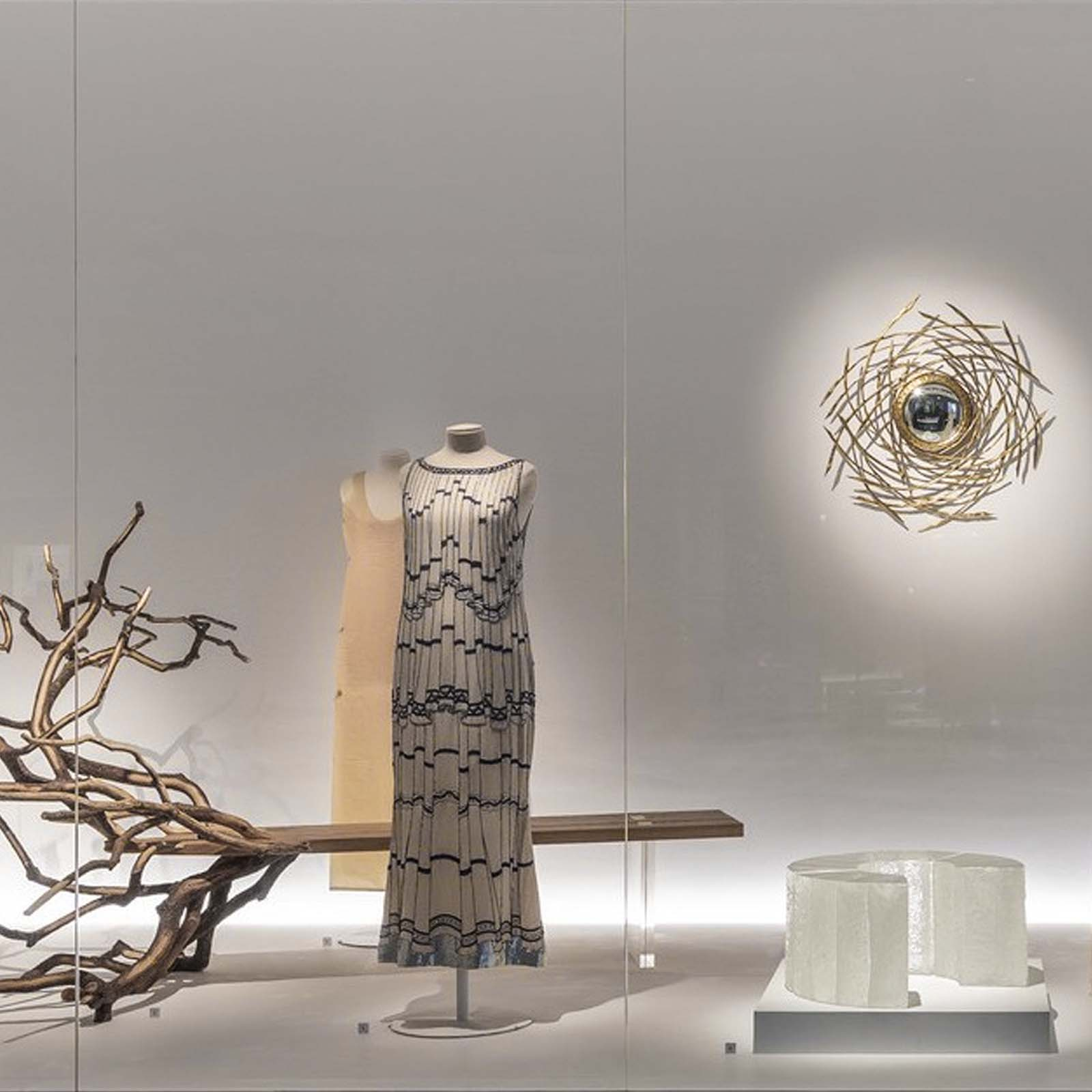 International Exhibition 10.000 years of Luxury in partnership with MAD Paris