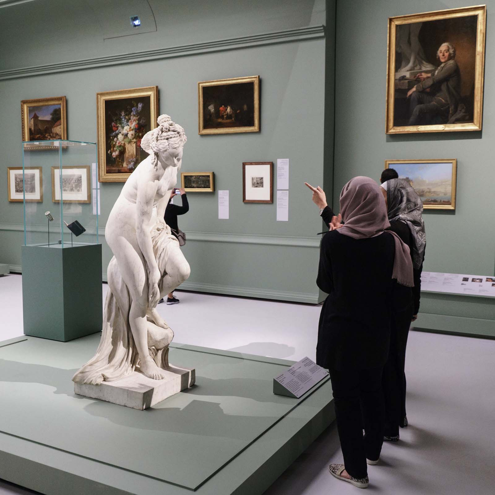 Training in the exhibitions of Louvre Abu Dhabi, learning, French Expertise, France Muséums